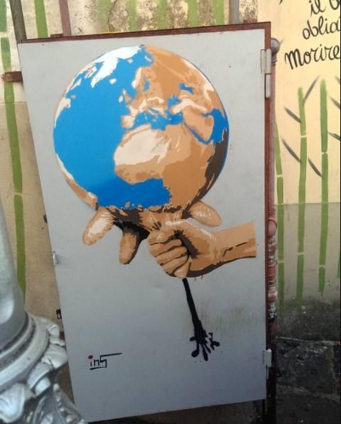 mungitura del pianeta inserra salerno street art italy
