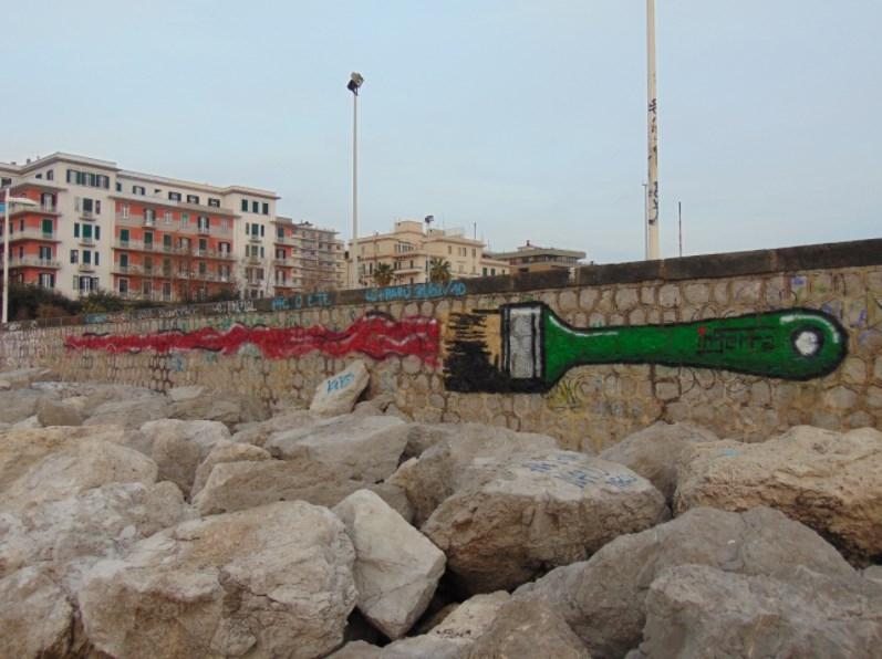 pennello inserra salerno street art paint urban art sea