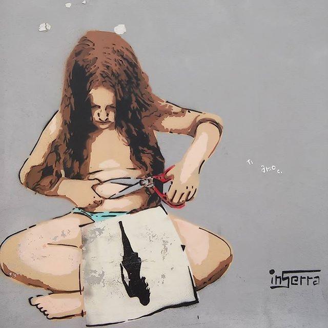 taglia pancia inserra streetart